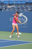 Le joueur de tennis professionnel Agnieszka Radwanska pratique pour l'US Open Photos stock