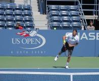 Le joueur de tennis professionnel Tommy Haas pratique pour l'US Open chez Louis Armstrong Stadium au Roi National Tennis Center de Photo libre de droits
