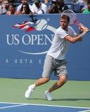 Le poisson de Mardy de joueur de tennis professionnel pratique pour le Roi National Tennis Center des USA Openat Billie Jean Image stock