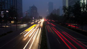 3. Rindenstraße Pekings nachts 4k stock video footage