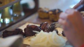 Rindfleisch gebratenes Fleisch stock footage