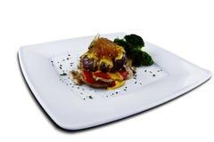 Rindfleisch mit Käse und Senfsoße Lizenzfreies Stockbild