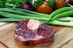 Rindfleisch-Steak roh lizenzfreie stockbilder