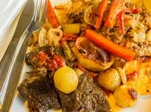 Rindfleisch- und Gemüseeintopfgericht Lizenzfreie Stockfotos