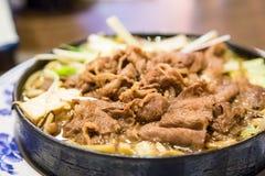 Rindfleisch und Tofu Sukiyaki Stockbild