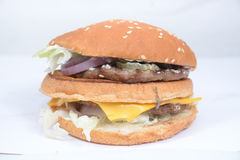 Rindfleischburger innerhalb der Spitze Lizenzfreie Stockfotos