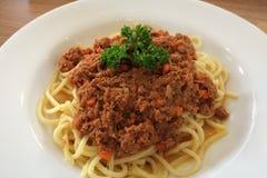 Rindfleischsoßenspaghettis Lizenzfreies Stockfoto