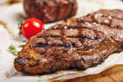 Rindfleischsteakabendessen stockfotos