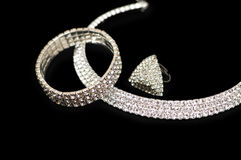 Ring, Armband und Halskette Stockbilder
