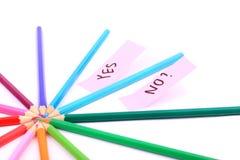 Ring der Bleistifte getrennt auf weißem Hintergrund Stockbild