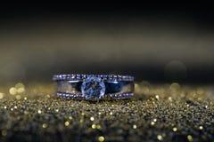 Ring met diamanten stock afbeelding