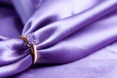 Ring met een gem royalty-vrije stock foto