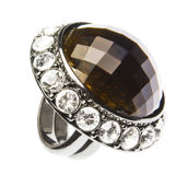 Ring mit Diamanten lizenzfreie stockfotografie