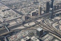 Ring Road nel Dubai con parecchie automobili Fotografie Stock