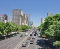 Ring Road près du bâtiment de Wanda Plaza, Pékin, Chine Image libre de droits