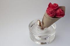 Ring und Blumenstrauß Lizenzfreie Stockfotos