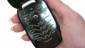 Ringa på en mobiltelefon stock video