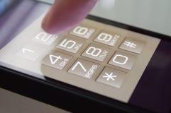 Ringa på en Smarthpone Arkivfoton