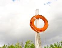 ringbuoy的海滩 库存图片