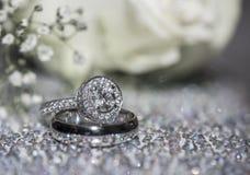 Ringe der Liebe Stockfotografie