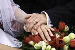 Ringen en handen Royalty-vrije Stock Afbeeldingen