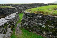 Ringfort, Leacanabuile, Ierland stock afbeelding