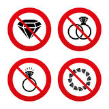 Rings icons. Jewelry with diamond signs Royalty Free Stock Photography