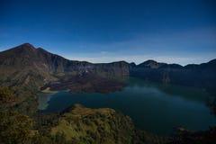 Rinjani wulkanu góra przy nocą z dużo gra główna rolę, Lombok wyspa Fotografia Stock