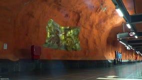 Rinkeby Σταθμός μετρό Τέχνη στον υπόγειο Στοκχόλμη Σουηδία απόθεμα βίντεο