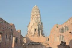 Rinnovamento della pagoda antica di rovina Immagini Stock