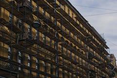 Rinnovamento di costruzione a St Petersburg immagine stock