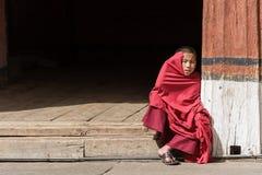 Rinpung的Dzong年轻修士 图库摄影