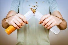 Rinunci l'immagine contro il fumo resa Smoking fotografie stock libere da diritti