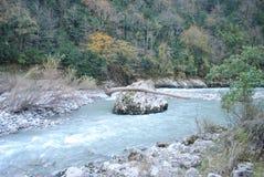 Rio áspero da montanha Fotografia de Stock Royalty Free