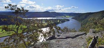 Rio Austrália de Hawkesbury da balsa de Wisemans foto de stock