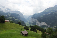 Rio bonito george nos cumes, Suíça de Weisse Lutschine Imagens de Stock