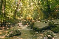 Rio bonito Mebre e rochas grandes 8 Fotos de Stock Royalty Free