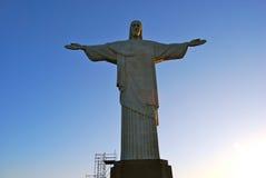 Rio Brasil que olha a estátua de Christ fotos de stock royalty free