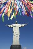 Rio Carnival Celebration an der Statue von Corcovado Stockfotografie