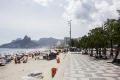 Rio Carnival ha ammucchiato le spiagge ed i giorni soleggiati Fotografie Stock Libere da Diritti