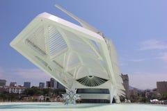 Rio City Hall öppnar museet av morgondagen i portområdet Royaltyfri Foto