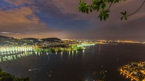 Rio Cityscape Time Lapse Night som panorerar HDR stock video