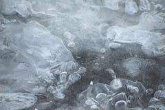 Rio congelado textured macro da estrutura do gelo Imagens de Stock Royalty Free