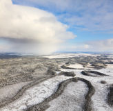 Rio da floresta no inverno, vista superior Imagem de Stock