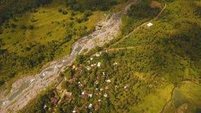 Rio da montanha na ilha Filipinas do rainforestCamiguin Imagem de Stock