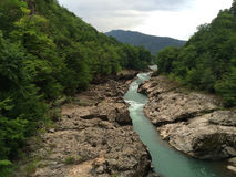 Rio da montanha Paisagem da montanha Fotos de Stock Royalty Free
