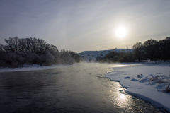 Rio da paisagem do inverno na neve Fotos de Stock