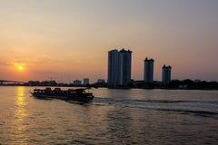 Rio de Chao Phraya Imagens de Stock Royalty Free