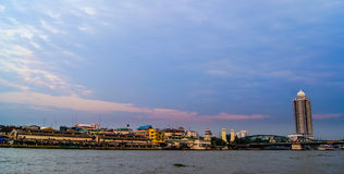 Rio de Chaopraya, Banguecoque, Tailândia Fotografia de Stock Royalty Free