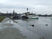 Rio de Elbe em Dresden (Alemanha) Foto de Stock Royalty Free